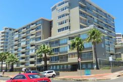Luxury Property For Sale in Green Point